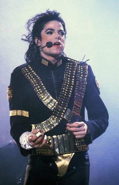 MICHAEL JACKSON PERFORMING DURING THE DANGEROUS WORLD TOUR
