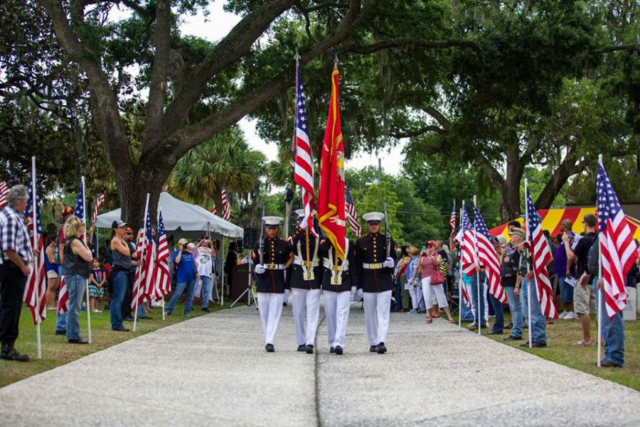 U.S.+Service+members%2C+veterans%2C+family+members+and+others+participate+in+the+2014+Memorial+Day+parade+and+ceremony+at+the+Beaufort+National+Cemetery+in+Beaufort%2C+S.C.%2C+May+26%2C+2014.+The+ceremony+was+held+in+remembrance+of+Service+members+who+gave+the+ultimate+sacrifice.+%28DoD+photo+by+Cpl.+Aneshea+S.+Yee%2C+U.S.+Marine+Corps%2FReleased%29