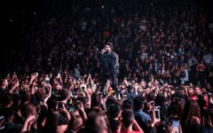 Abel Tesafye aka The Weeknd is singing to his hometown in Toronto healing the crowd the same way he has healed the Sunflower neighborhood.